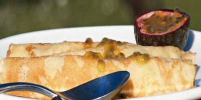 boys-weekend-recipe-passionfruit-crepes