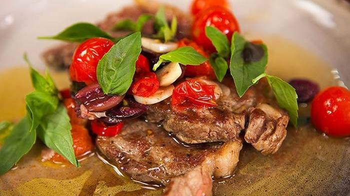 ep41-Char-grilled_Minute_Steaks_with_Tomato_and_Basil_Sauce_