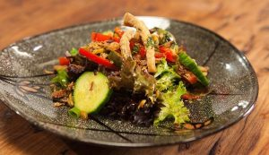 EP_17_Hot___Sour_Pork_Salad_4.1